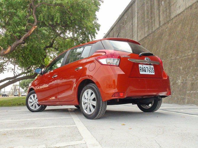 車尾設計和車頭呼應,有著相似元素,更為有稜有角。 記者趙惠群/攝影