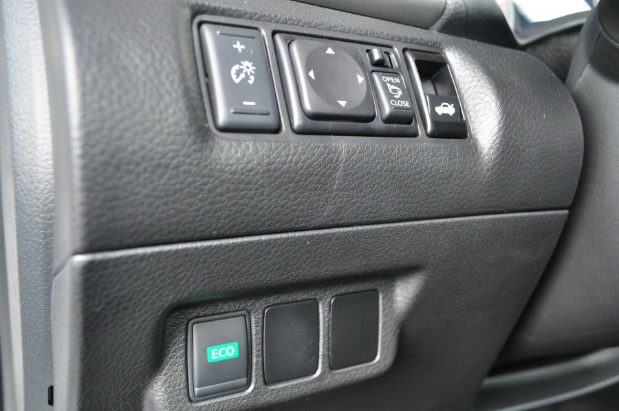 Sentra Aero已經有很好的省油性,配合位在方向盤左側的ECO Mode可...