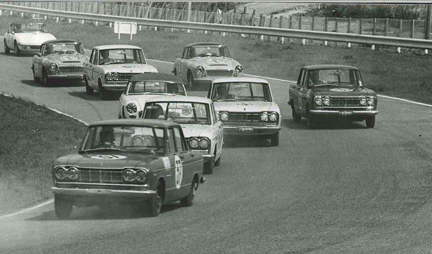 1964年5月Skyline GT。 Nissan