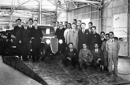 年鮎川義介成立日產汽開啟日產之路。 Nissan