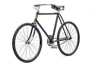 Skoda早期生產的自行車。 Skoda