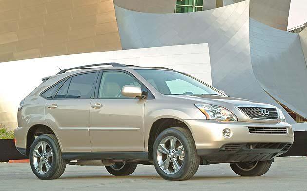 2005年RX400h複合油電動力休旅車帶動業界Hybrid新風潮。 Lexus