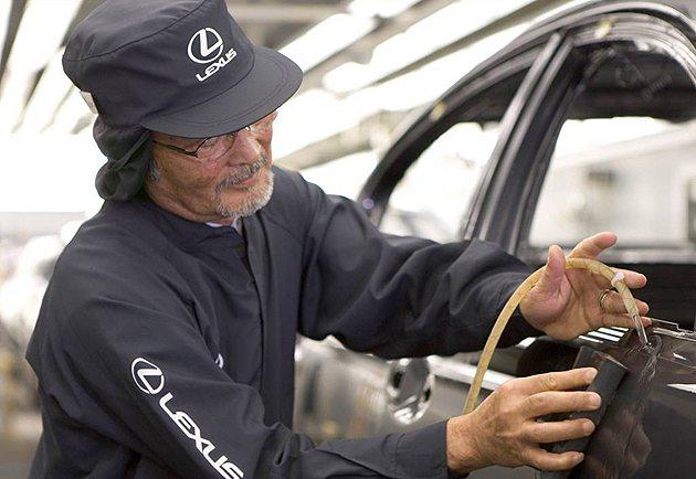 Lexus在造車工藝上一直追求所謂極致完美追打苛求的精神 Lexus