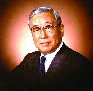 豐田英二一手創造Lexus豪華品牌,他也是豐田在位時間最長的總裁。 Lexus