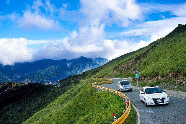 納智捷開啟國人獨立造車之路,圖為納智捷形象廣告。 Luxgen