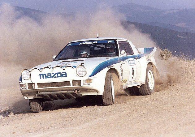 1980年代Mazda經典作品RX-7在世界WRC拉力賽中表現出色。 Mazda