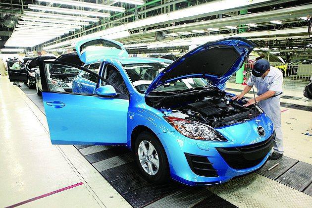 Mazda主要生產基地防府工廠。 Mazda