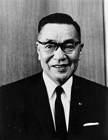 松田重次郎的養子松田恆次。 Mazda