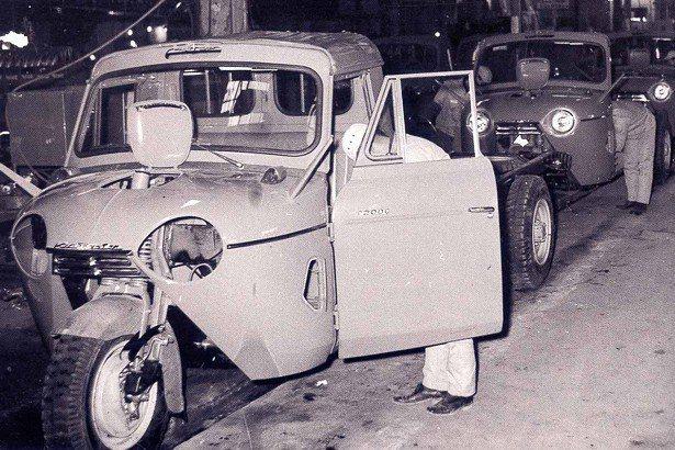 1962年KIA推出廂型三輪貨卡車k360。 KIA提供