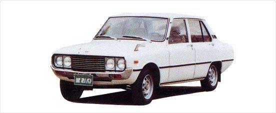 Brisa房車車型,配備自主開發的1,000 cc引擎,基本上這台車是從日本MA...