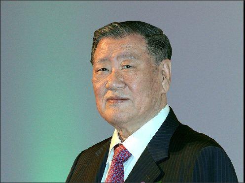 KIA總裁鄭夢九在2011年,為KIA訂下中程發展計畫「Kia Vision 2...