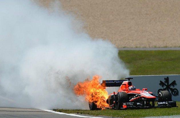 Jules Bianchi的車起火燃燒,幸無人受傷。 F1官網