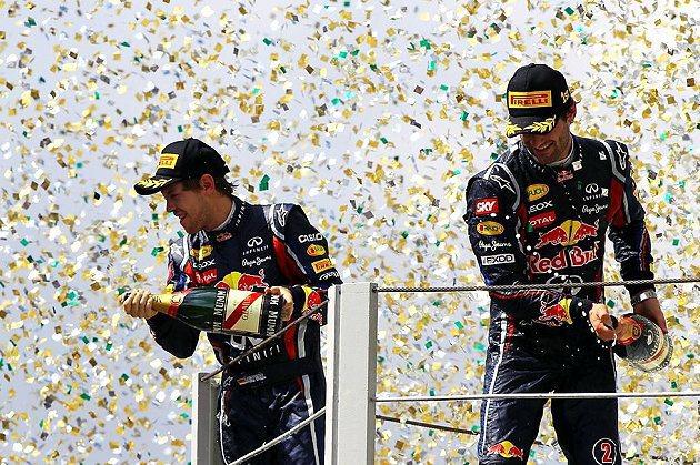 Sebastian Vettel(左)與Mark Webber(右)的互動耐人尋味。 F1提供