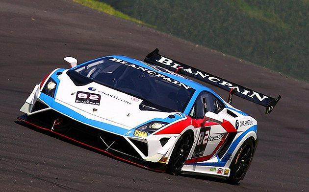 韓國明星車手柳時元駕駛82號賽車連奪雙冠 Lamborghini
