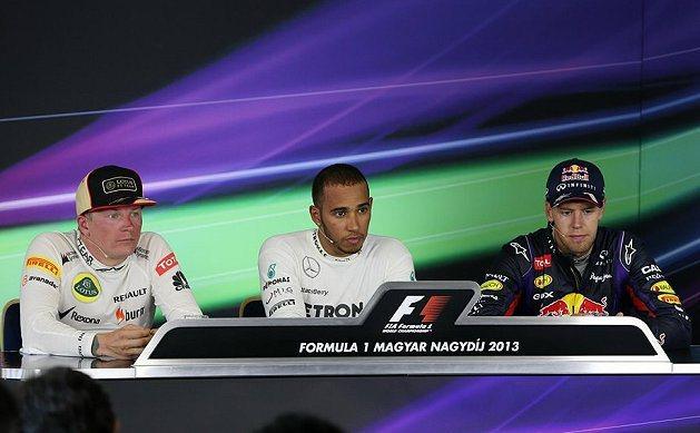 Sebastian Vettel(右)目前居車手積分第一。 F1官網提供