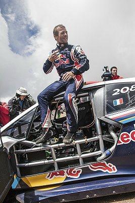 Sebastien Loeb是世界拉力錦標賽的傳奇車手。 Peugeot