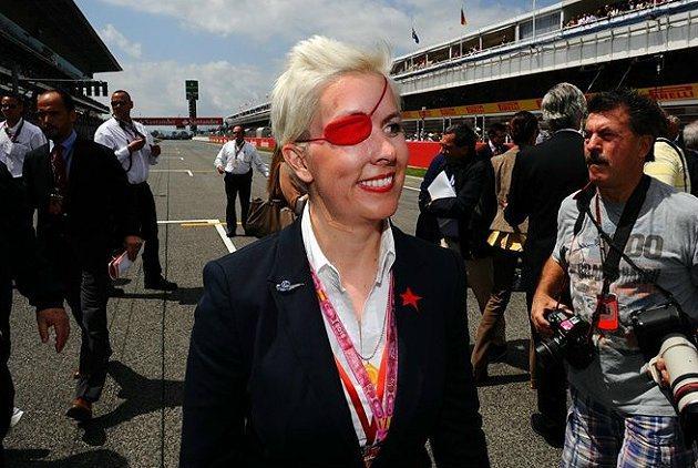 Maria為Marussia車隊試車時,發生撞車意外而喪失右眼。 F1官方提供