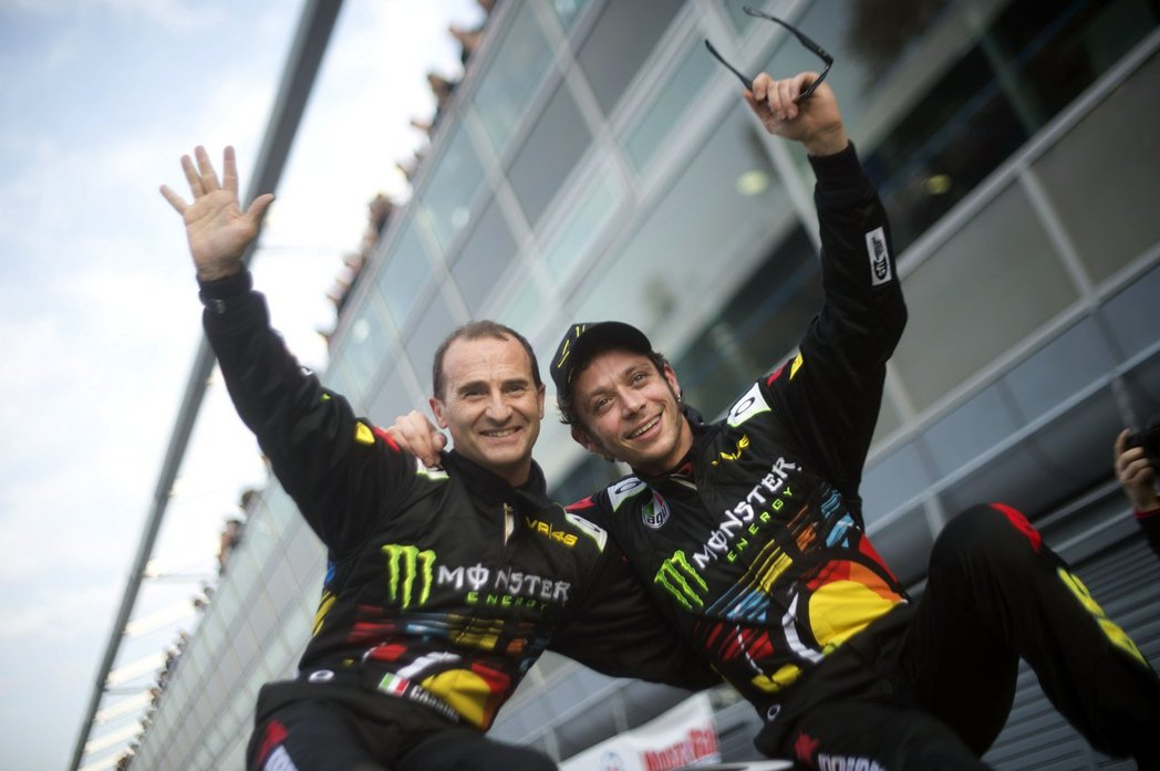 Valentino Rossi與副駕駛Carlo Cassina在去年表現優異。...