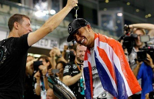 Hamilton奪得第二座世界冠軍。 F1官方