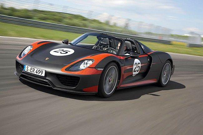 全新MICHELIN Pilot Sport Cup 2展現極致全方位性能演繹的...