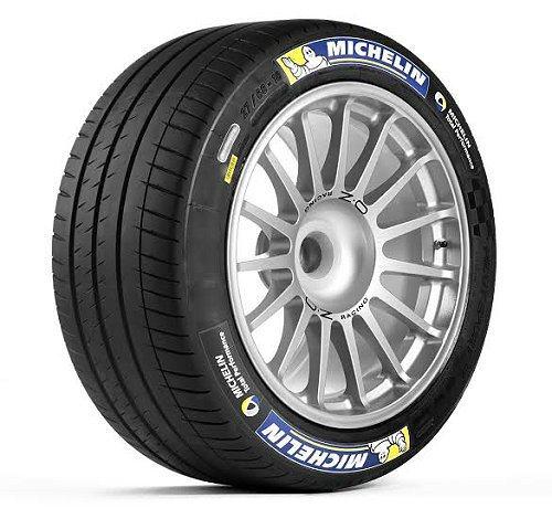 MICHELIN為Formula E電動方程式錦標賽所有參賽車隊提供18寸大規格的花紋溝槽賽事輪胎—MICHELIN Pilot Sport EV。 米其林輪胎提供