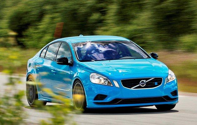 以S60 T4汽油引擎為例,透過軟體升級的調校後,最大馬力輸出增加20 hp、最...