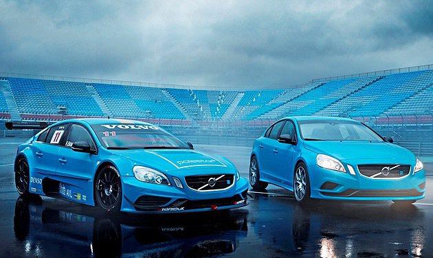 Volvo與改裝廠Polestar的合作,自1996年起,在賽事活動與客製化改裝...