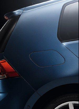 經典的C柱,可見油箱蓋的新設計。 VW