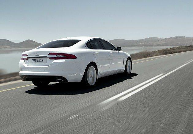 賽道的光榮歷史,成功地演繹英倫前衛設計所賦予的嶄新風貌。 Jaguar提供
