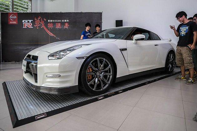 Nissan GT-R帶領Nissan全車系,展開 80週年慶全國巡展活動。 ...