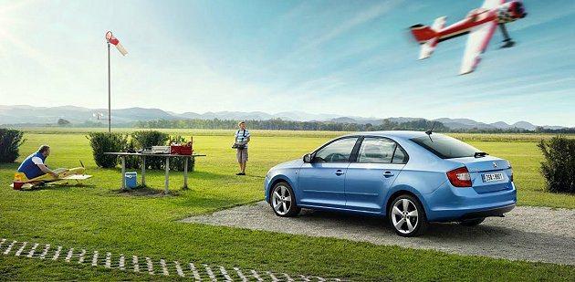 Rapid房車,同樣擁有新世代Skoda的家族造型風貌,並獲得德國紅點設計大獎肯...