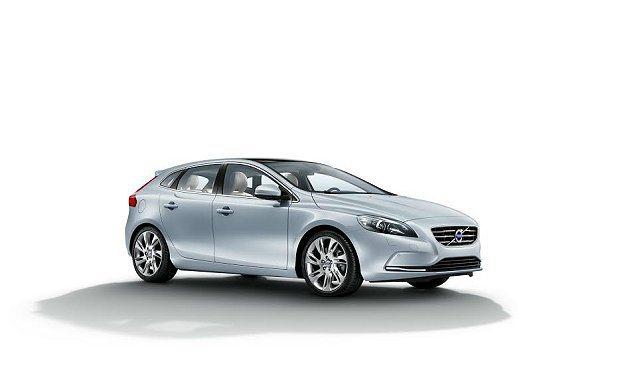 Volvo V40推出首年月付8,888元的超值購車優惠。 Volvo提供