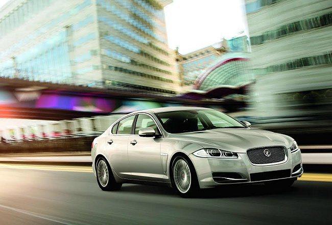 Jaguar台灣總代理九和汽車特別推出「JAGUAR捷報X專案」,正14年式XJ / XF全車系皆可享保固期內保養0負擔的尊榮禮遇。 Jaguar提供