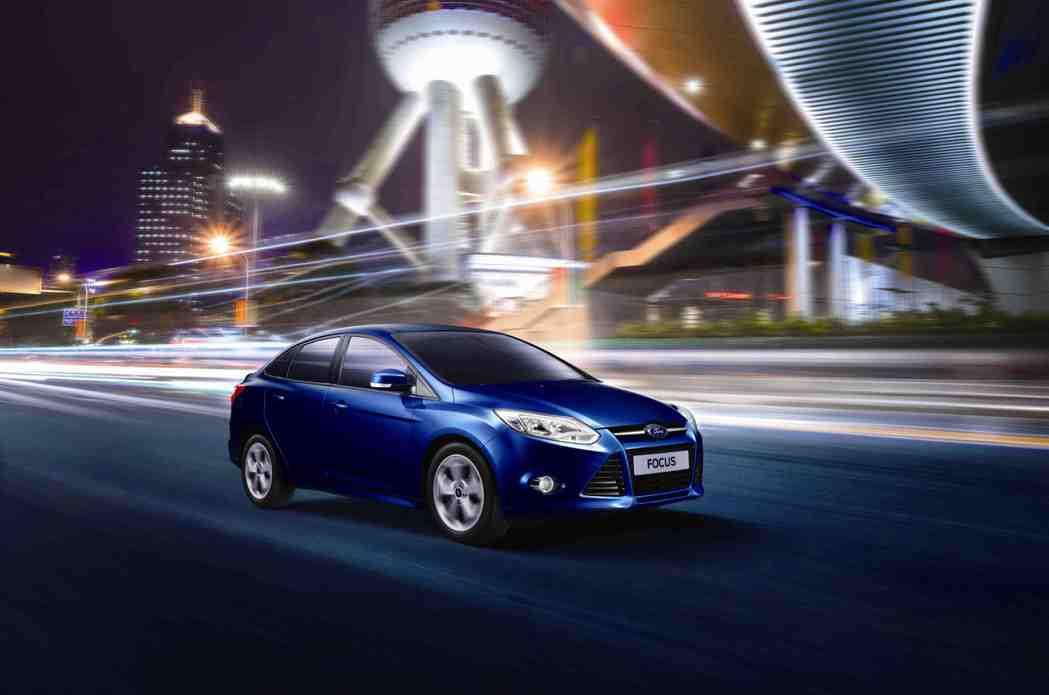 全球銷售霸主Ford Focus四門汽油舒適型冠軍影音版本月限定優惠價62.9萬...