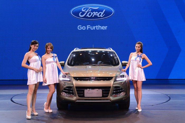 入主Ford Kuga全車系即可享100萬零利率優惠 (1.6L車款最高80萬零...