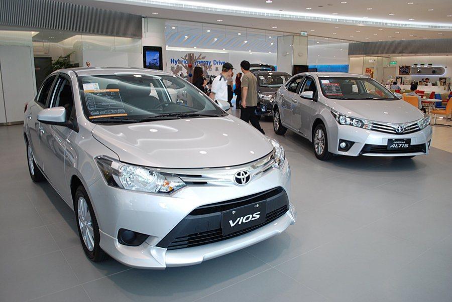 為讓消費者資金更寬鬆,年前換購新車,TOYOTA和LEXUS總代理和泰汽車年前推出2月購車優惠。 記者趙惠群/攝影