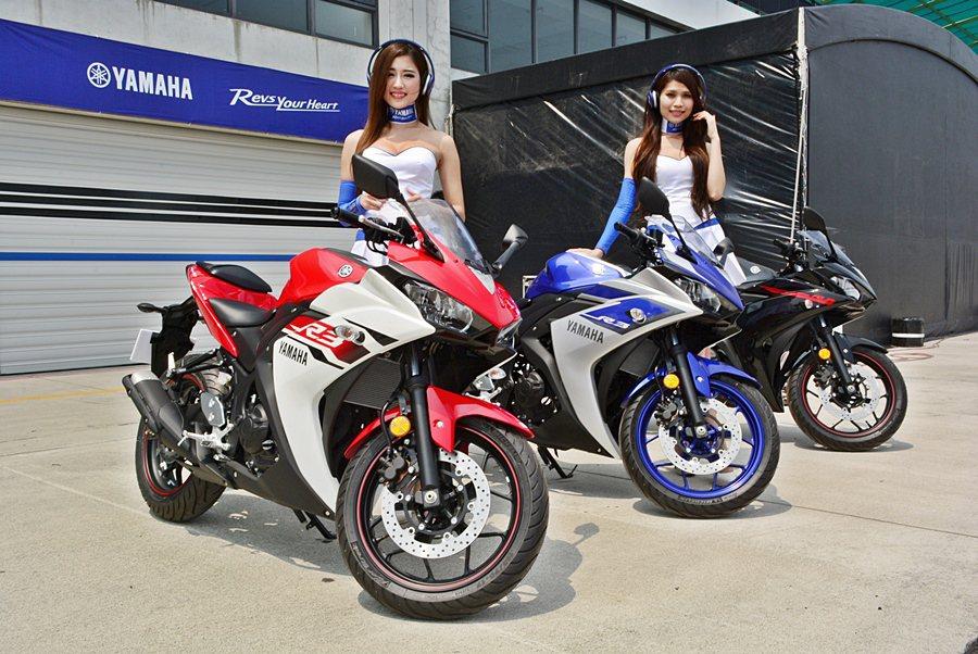 Yamaha機車3月27和28日在大鵬灣賽道發表全新的R3牌重機,業者號稱這是一...