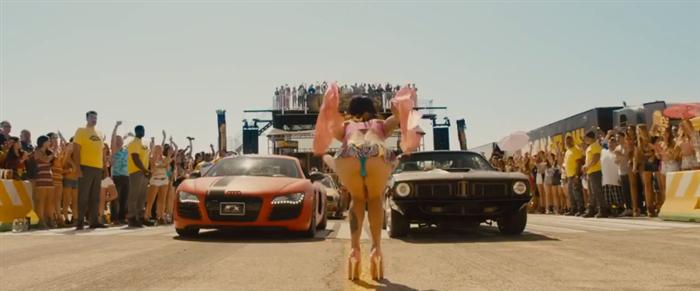 片中超跑雲集,相信能滿足所有車迷的期待。 youtube截圖
