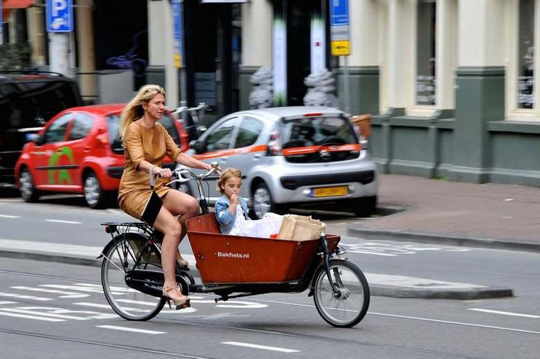 荷蘭國民戰車bakfiets。 photo credit:FaceMePLS (...