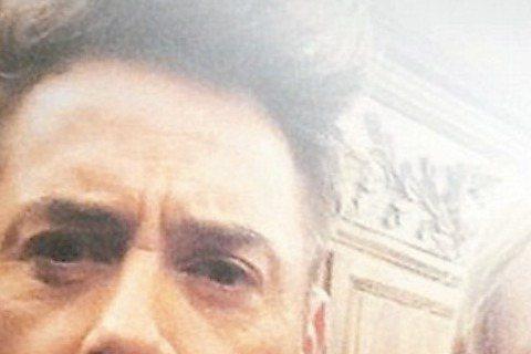 小勞勃道尼上周末歡度50大壽,邀請一堆娛樂圈的A咖參加派對,「鋼鐵人」系列中的最佳拍檔葛妮絲派楚不但親自到場,還把緋聞男友布萊德佛查克帶去。最引人注意的還是小勞勃道尼在「鋼鐵人」裡的最愛──「小辣椒...