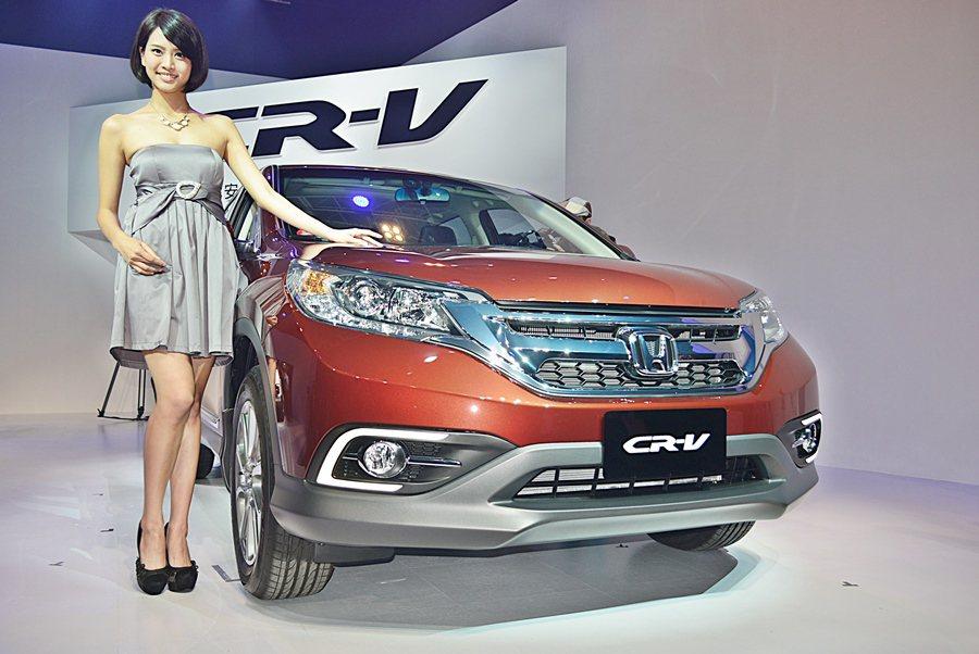 HONDA TAIWAN發表小改款CR-V,造型小改,質感提升,全車系安全規格更...