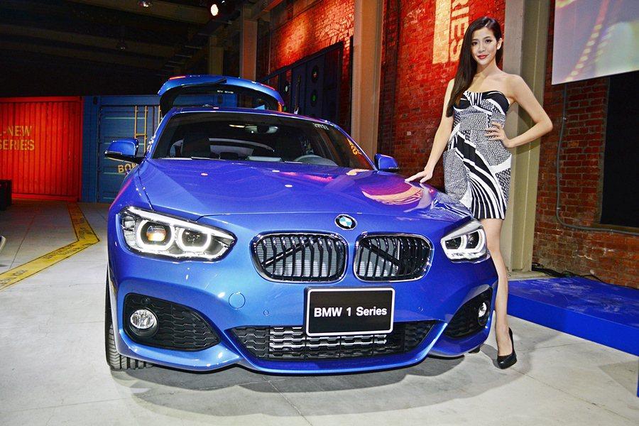 BMW入門車1系列過去3年因為大受年輕買家歡迎,全球及台灣市場經常缺車。4月22日總代理汎德公司引進2016年小改款1系列,產品力大精進。 記者趙惠群/攝影