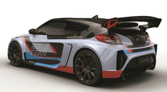 搭載最新Theta 2.0升T-GDI缸內直噴渦輪引擎,搭配6速手排變速箱,最大動力為300hp/39.0 kgm,百里加速僅4.7秒。 Hyundai提供