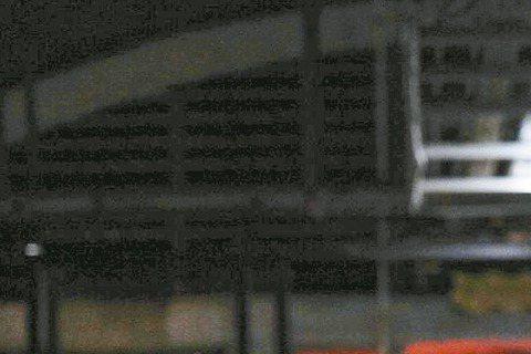 由多位亞洲巨星主演新片「赤道」,將在30日由「3張」王牌代表來台宣傳,包括張學友、張家輝和剛當人父的張震,「赤道」由「寒戰」的陸劍青、梁樂民執導,也將一起出席首映會,而電影打出宣傳語「揭曉內鬼」,似...