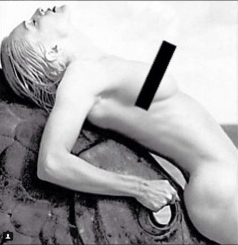 「西洋天后」瑪丹娜是社群網站Instagram的愛用者,平日作風前衛的她,喜愛用IG和粉絲們互動,關注粉絲更高達350萬,但愚人節當天她po一張早期的照片,卻被管理人員以裸胸為理由強制刪除,讓娜姐感...