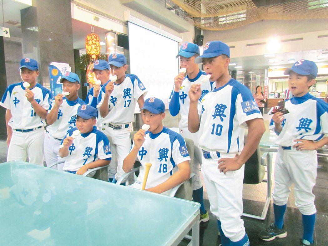 聯合報「願景在地、築夢棒球」探討南投縣發展棒球運動的困境,獲得熱烈回響。 記者張...