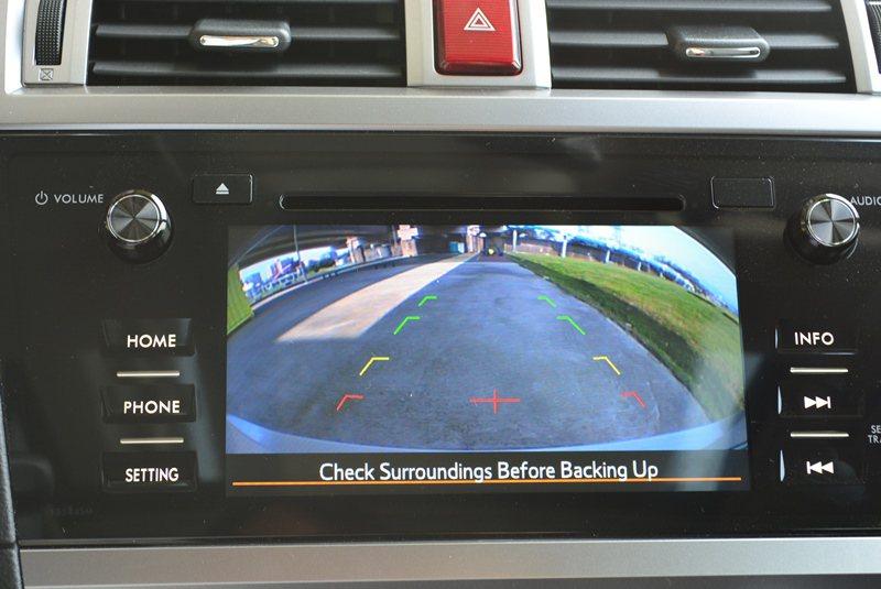 中控台也有加上160度超廣角倒車顯影系統。 記者趙惠群/攝影