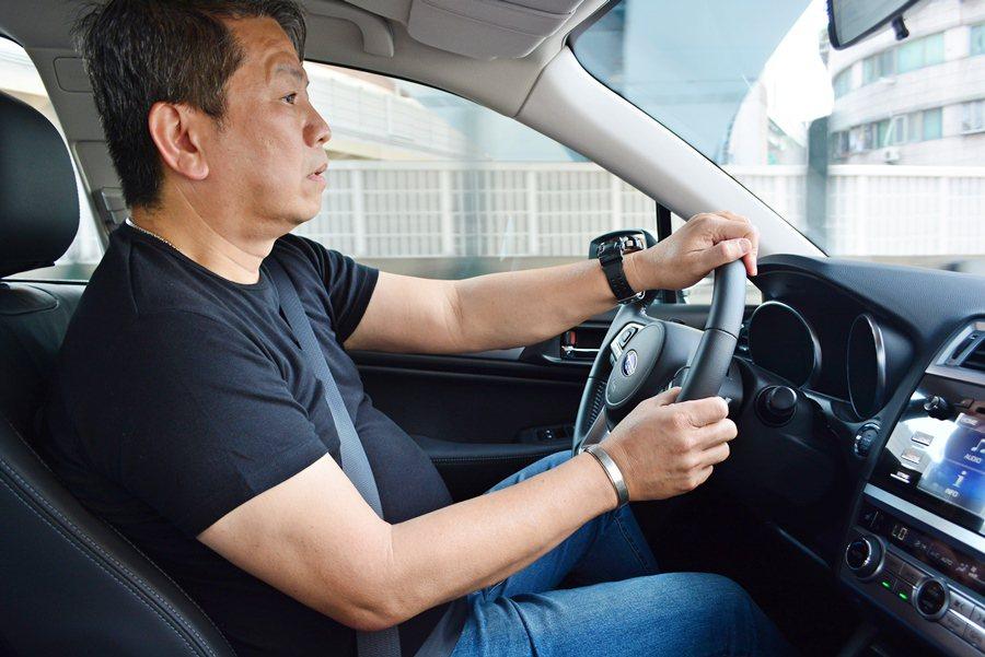 車界資深改裝車達人佰駒汽車BTR負責人王樺青,和我們試車組共乘試駕,他表示,Ou...