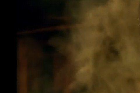 侯孝賢執導,舒淇、張震、謝欣穎主演的《聶隱娘》入圍坎城影展競賽片,並將在坎城舉行首映,不過現在網路上已先流出120秒的電影片段,只見扮演女刺客的舒淇一個點穴就解救了全身冒煙的謝欣穎,不過卻遭到張震的...