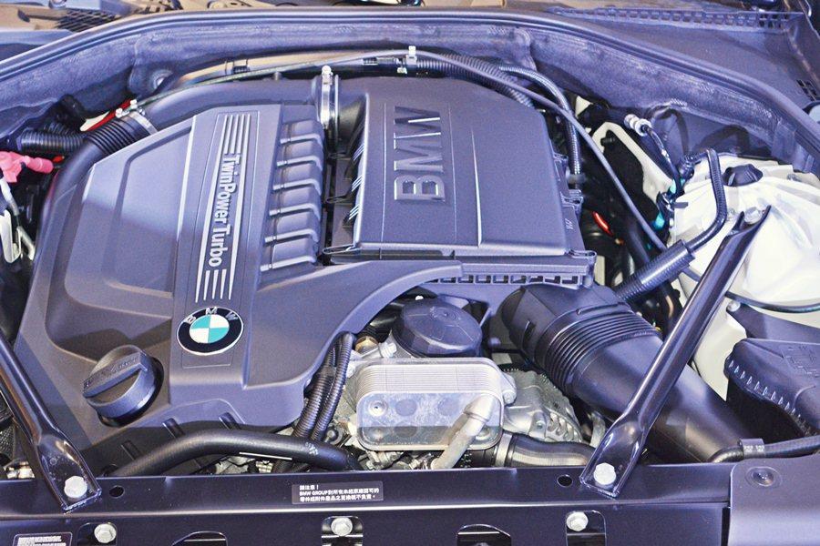 動力和底盤懸吊仍維持原有配置,640i雙門轎跑和640i Gran Coupe ...